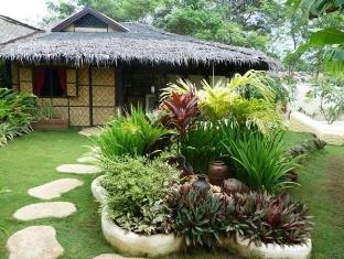 Charts Resort & Art Cafe Bohol - A szálloda kívülről