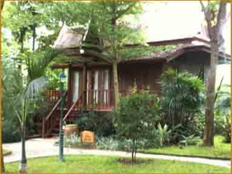 Petchvarin Resort