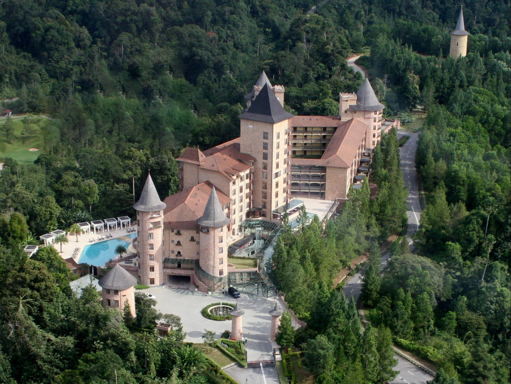 The Chateau Spa & Organic Wellness Resort Kuala Lumpur - French Castle La Chateau