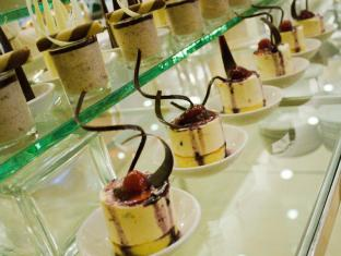 O Hotel Bacolod (Negros Occidental) - Food at The Master's Restaurant