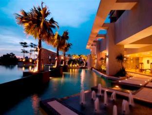 Swiss Garden Residences Kuala Lumpur Kuala Lumpur - Swimming Pool