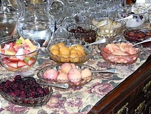 Windmill Hill Lodge B&B Launceston - Buffet