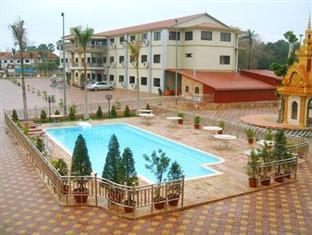 7 Makara Hotel