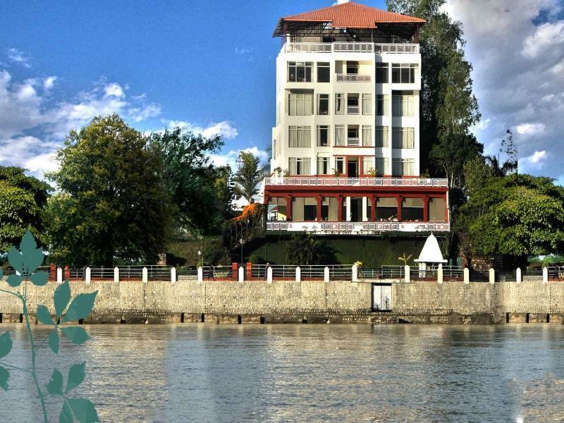 Hotel Ganga Kinare - Hotell och Boende i Indien i Rishikesh