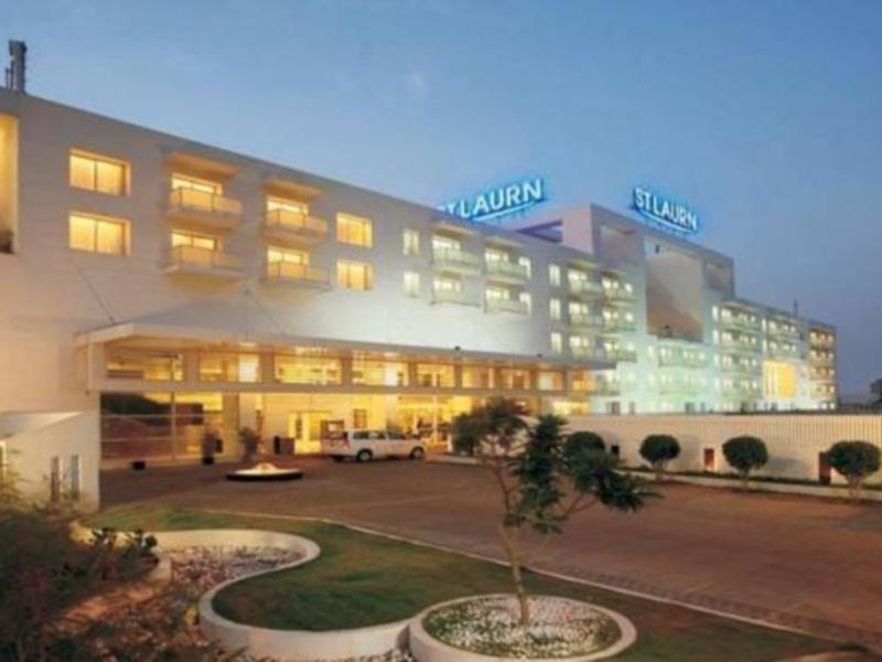 St Laurn Suites-Hinjewadi - Hotell och Boende i Indien i Pune