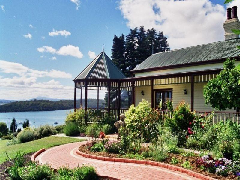 Pomona Spa Cottages - Hotell och Boende i Australien , Tamar Valley