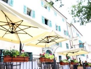 Vela Vrata Hotel