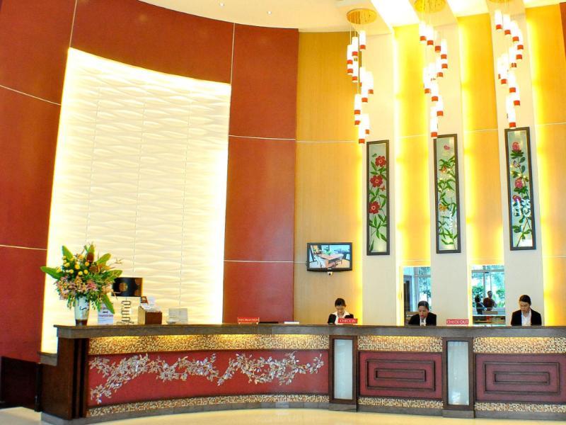 Hotel Elizabeth Cebu סבו
