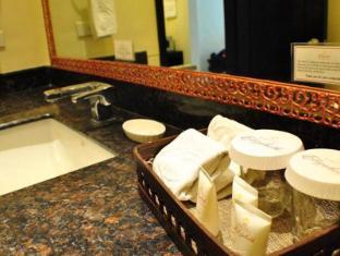 Hotel Elizabeth Cebu سيبو - حمام