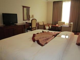First-Luxury Wing Hotel Saigon Ho Chi Minh City - First Executive Deluxe