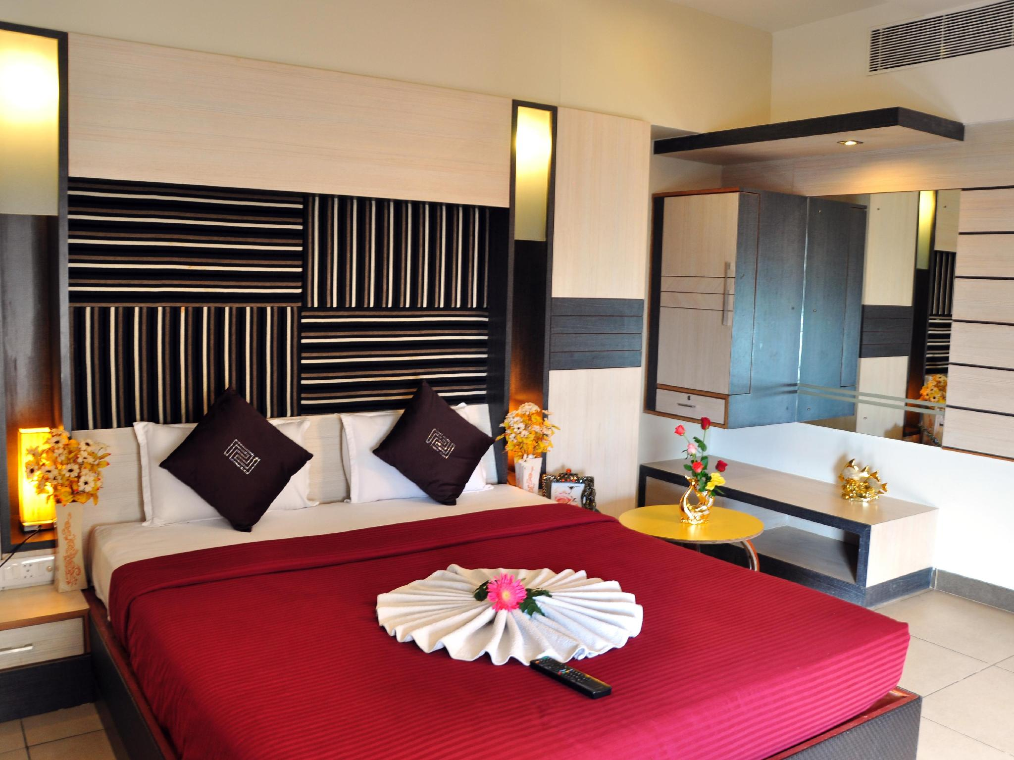 Hotel Sun Park - Hotel and accommodation in India in Pondicherry