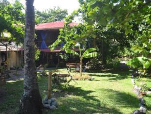 Camiguin Action Geckos Dive & Adventure Resort