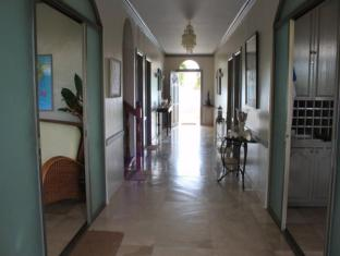 Linaw Beach Resort and Restaurant Bohol - Intérieur de l'hôtel
