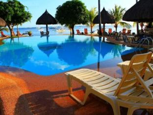 Linaw Beach Resort and Restaurant Бохоль - Бассейн