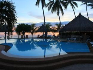 Linaw Beach Resort and Restaurant Bohol - Hotellet udefra