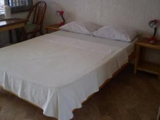 Savedra Beach Bungalows Moalboal - חדר שינה