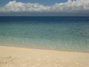 Savedra Beach Bungalows Cebu - Sekeliling
