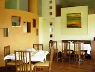 Hotel La Mansion North Goa - Food, drink and entertainment