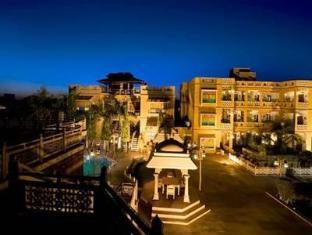 Nirali Dhani Hotel