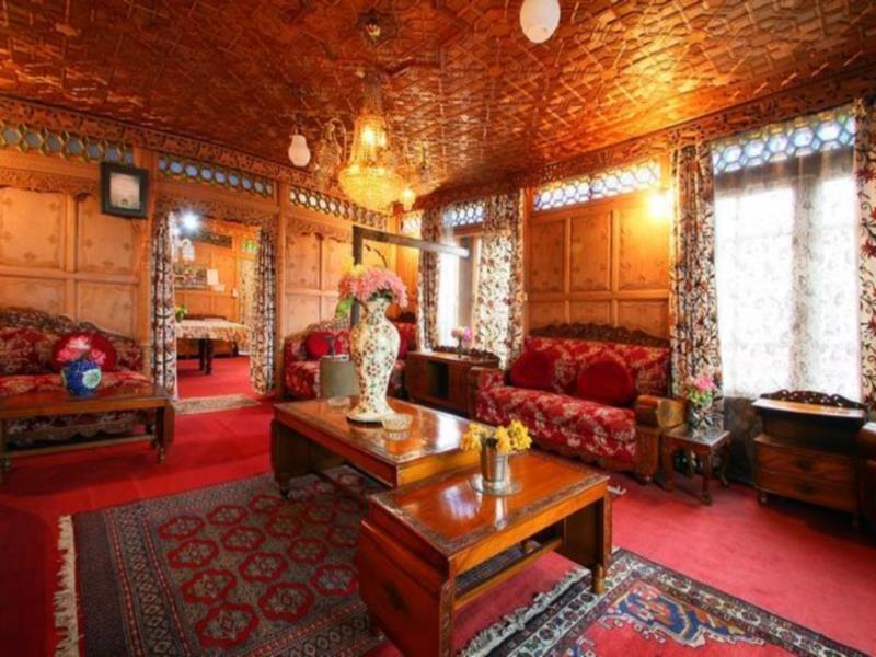 Royal Dandoo Palace- House Boat - Hotell och Boende i Indien i Srinagar