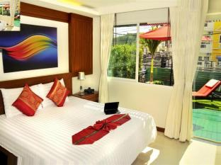 Patong Terrace Boutique Hotel Phuket - Deluxe King Bed