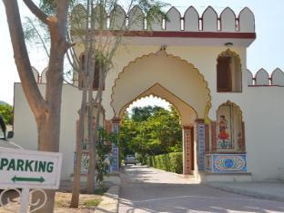 Pushkar Heritage Pushkar - Main gate