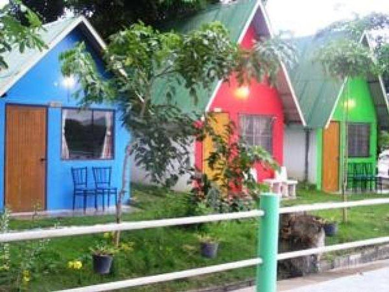 Rainbow Lodge Homestay - Hotels and Accommodation in Thailand, Asia