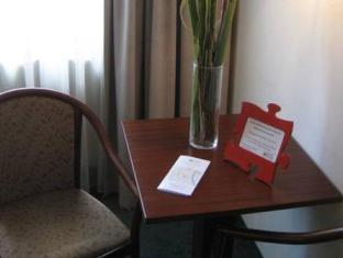 Puzzlehotel Apartment Mariannengasse Vienna - Suite Room