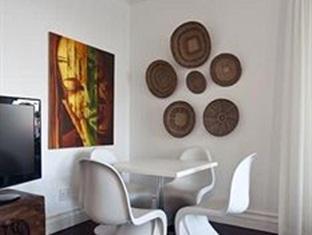 The Grange Guest House Durban - bar lounge area