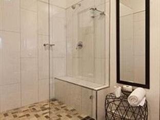 The Grange Guest House Durban - Room1 ground floor queen with full bathroom no view