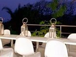 The Grange Guest House Durban - patio at night