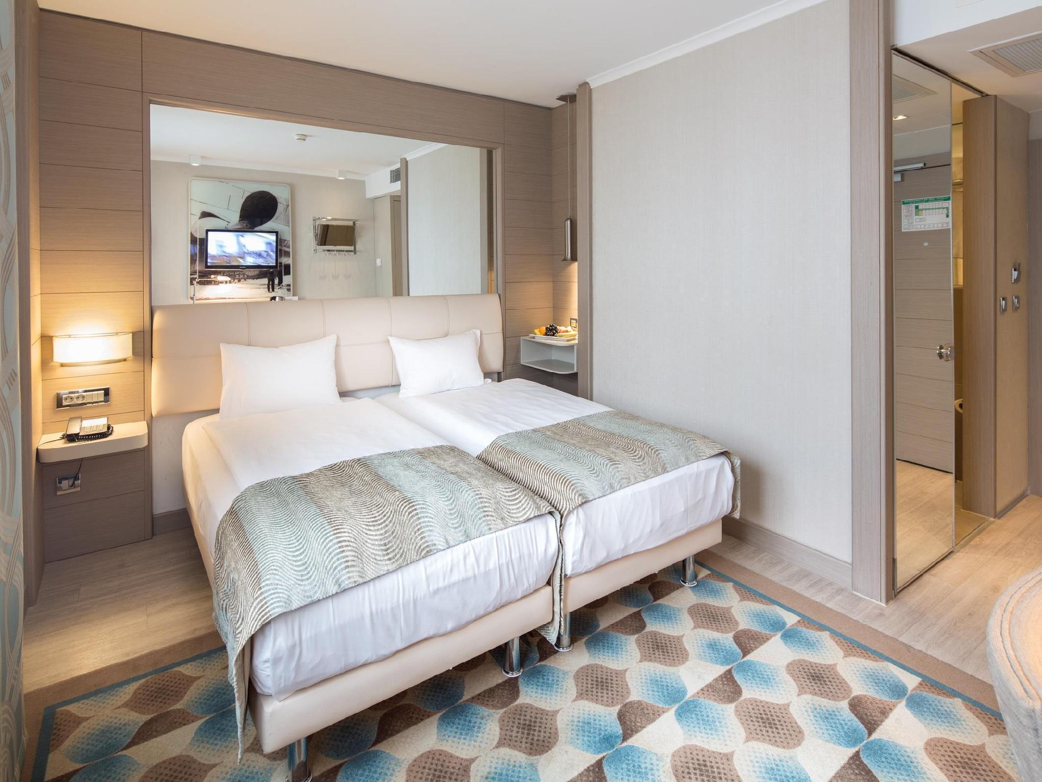 Titanic Comfort Mitte Hotel - Hotell och Boende i Tyskland i Europa