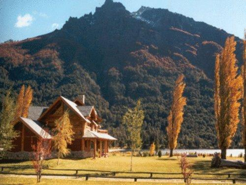 Estancia Peuma Hue - Hotels and Accommodation in Argentina, South America