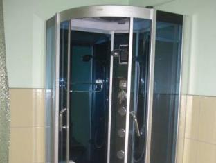 Marine Keskus Hostel تالين - حمام