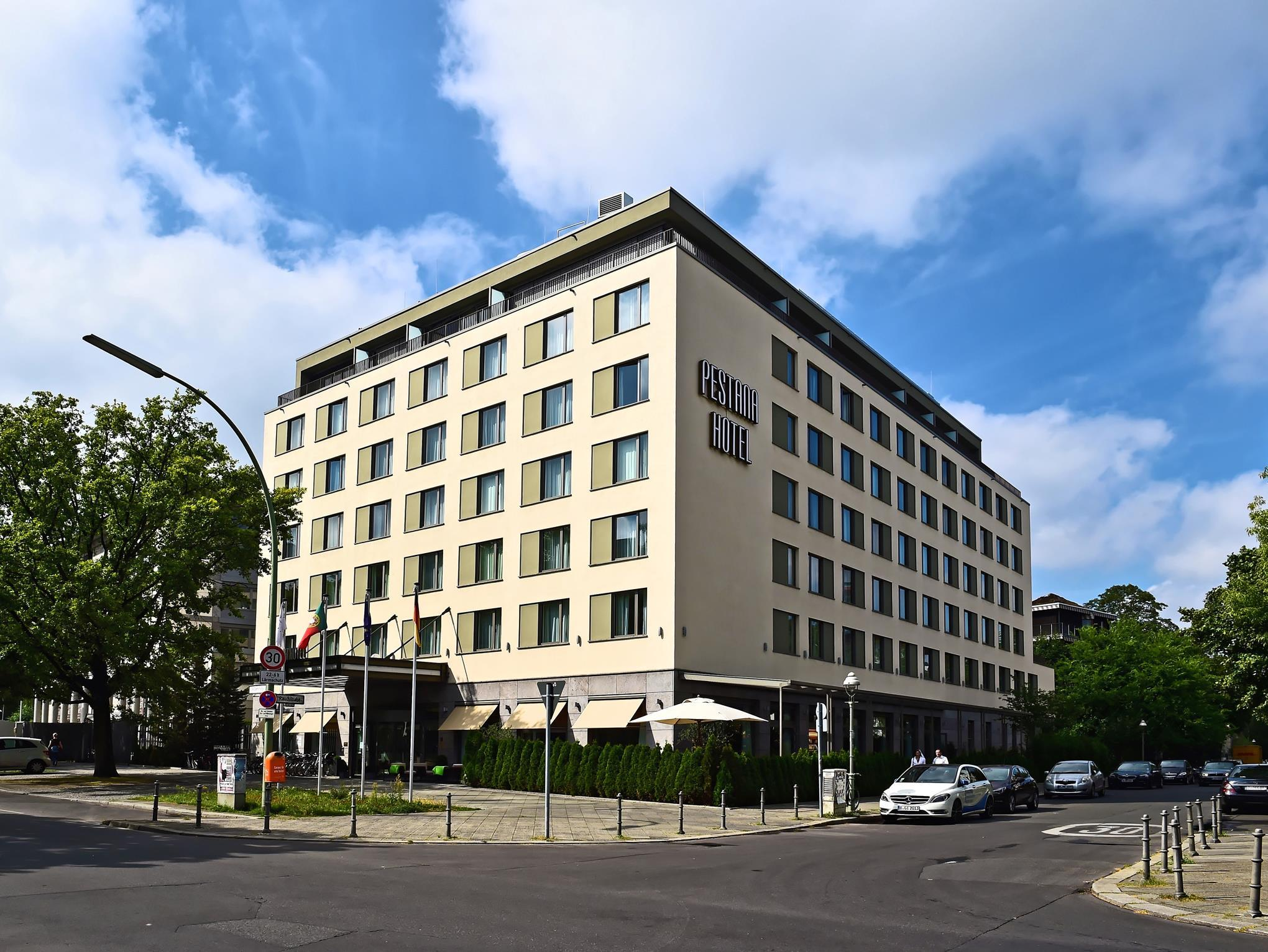 佩斯塔納柏林蒂爾加滕酒店