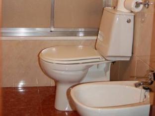 Hotel Gorbea Vitoria - Bathroom