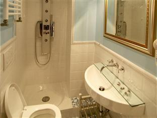 InternoRoma Guest House Rome - Bathroom of economy room