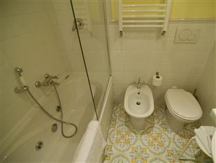 InternoRoma Guest House Rome - Bathroom with Jacuzzi