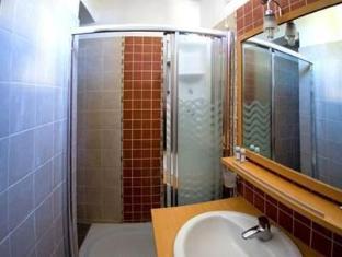 Arhontika Saltis Hotel Makrinitsa - Bathroom
