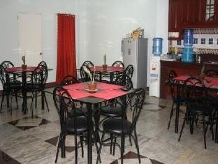 Pe're Aristo Guesthouse سيبو - المطعم