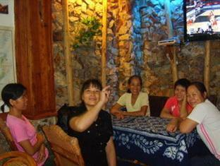 Bamboo House Inn & Caf