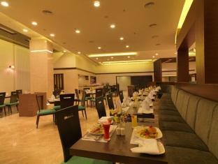 Photo of Royal Orchid Central Hotel, Shimoga, India