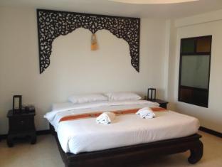 Wangburapa Grand Hotel Chiang Mai - Standard Double