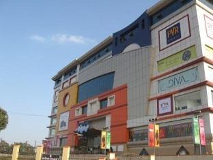 Ampa Skywalk Hotel - Hotell och Boende i Indien i Chennai