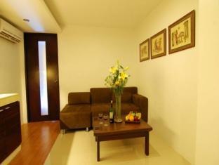 ACL Suites Manila - Living Room