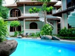 Villa Puri Royan באלי - בית המלון מבחוץ