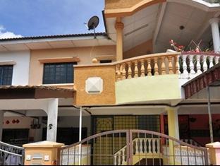 Kota Lodge Townhouse Malacca / Melaka - Facade