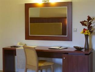 Parnis Palace Hotel Athens - Guestroom