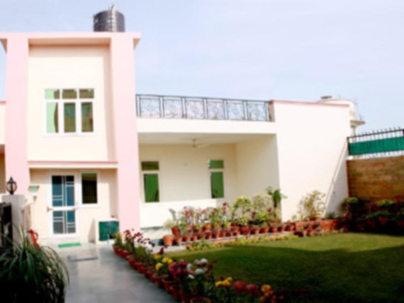 Garden Villa Home Stay - Hotell och Boende i Indien i Agra