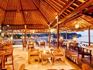 Mushroom Beach Bungalows Bali - Food, drink and entertainment